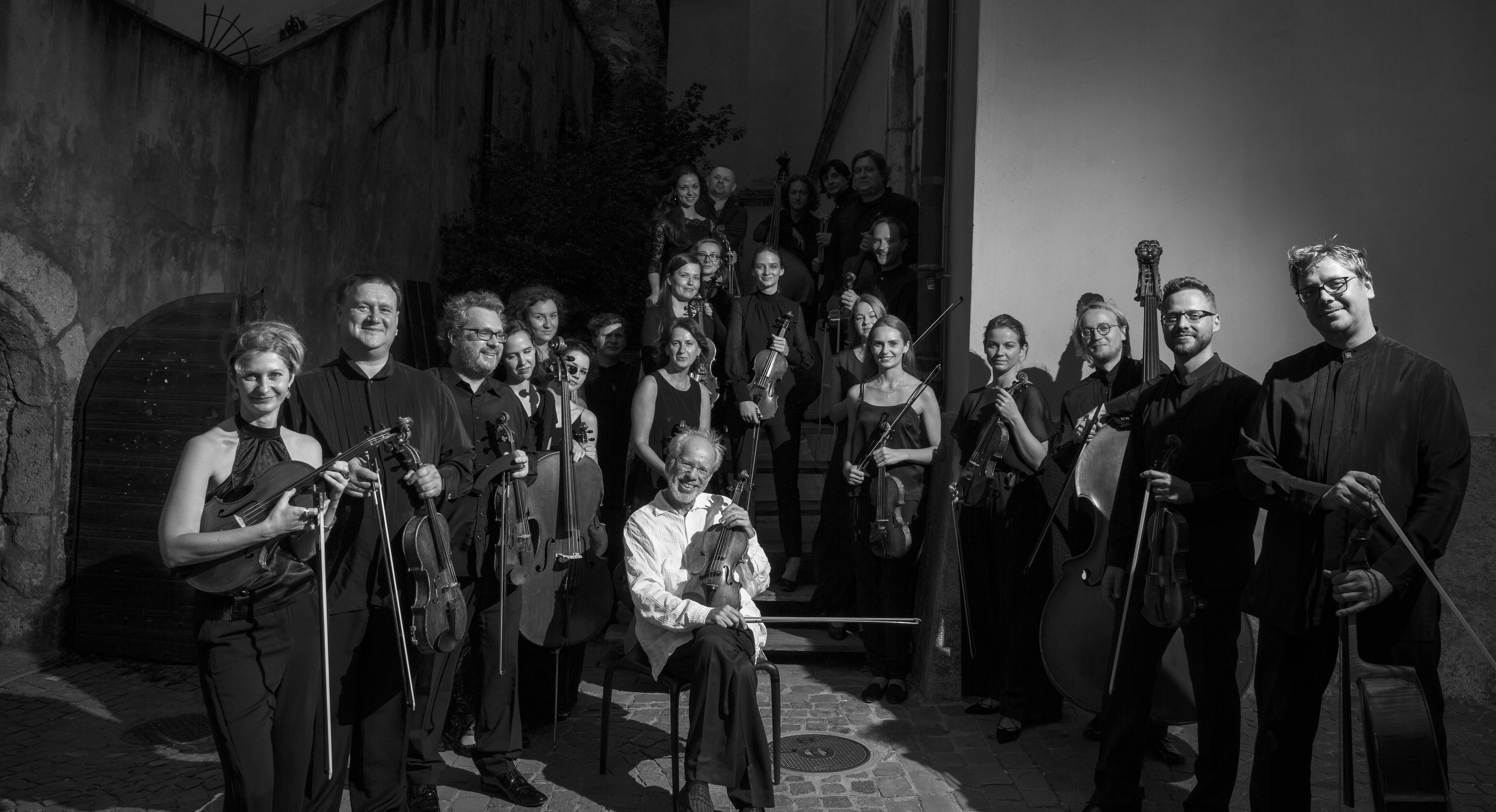 Kremerata Baltica and Gidon Kremer on tour